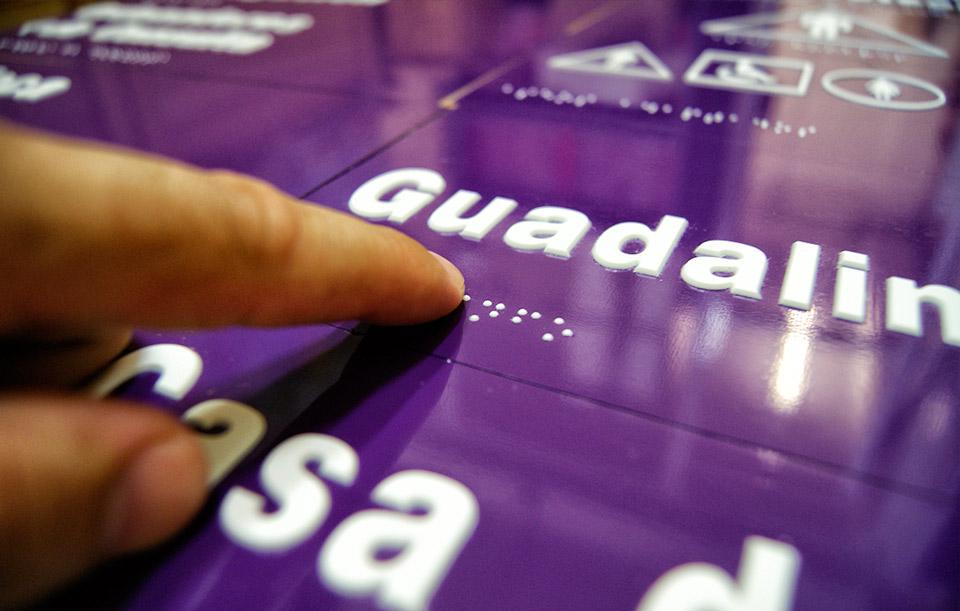 placa-braille-centro-guadalinfo