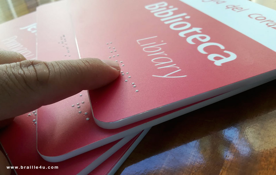 Señalética con Braille para colegio